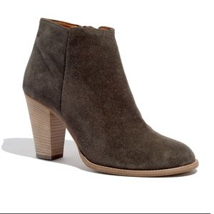 Madewell | The Hadley Boot In Suede